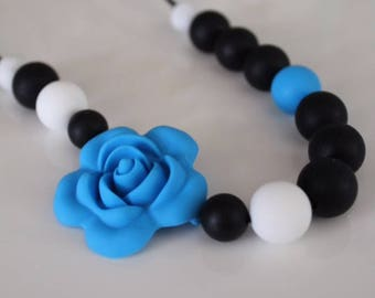 Alexis Flower Necklace (Adult or toddler)