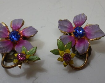 Beautiful Vintage Austrian Crystal Clip on Earrings c1940s