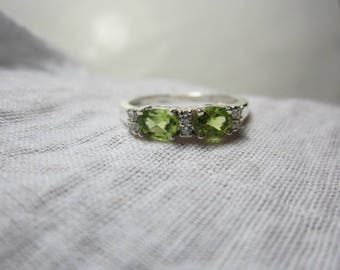 pridot ring, peridot sterling silver ring, woow