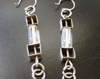 Loops and square dangle earrings