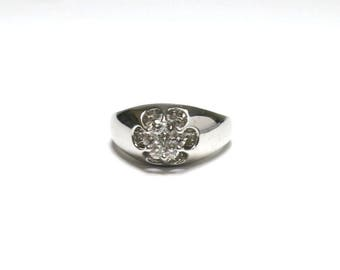 mens diamond circle cluster ring in white gold size 9 1/4