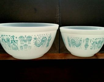 2 Pyrex Butterprint White with Turquoise Amish Motif 401 and 402