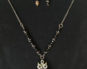 Necklace owl, black, antique gold