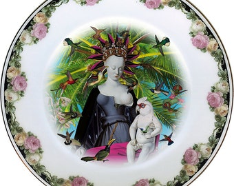 Queen of the birds - Virgin - Madonna - Fouquet - Vintage Porcelain Plate - #0436