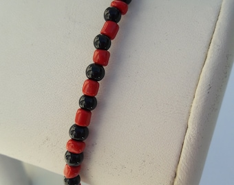 RED AND BLACK Beaded Anklet