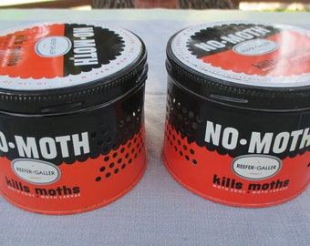 Two 2 Vintage canisters tin No-Moth Reefer-Galler 1950 with hangers kills moths