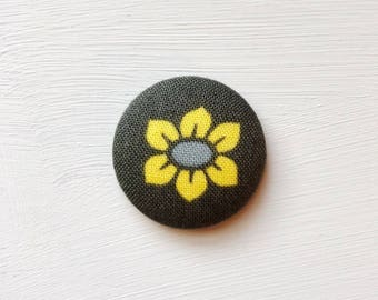 Cross Stitch Magnetic Needle Minder, Sewing Notion, Hand Embroidery, Needle Keeper, Anna Maria Horner Mod Corsage, Stitching Accessory