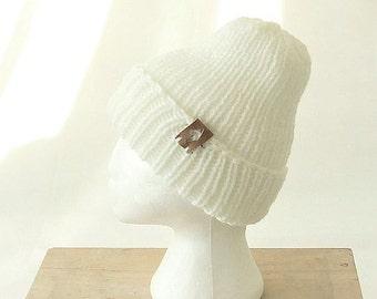 Chunky Knit Beanie with Pom Pom, White Knit Beanie Winter Hat for Woman Men Pom Pom Hat, Winter Hats for Women