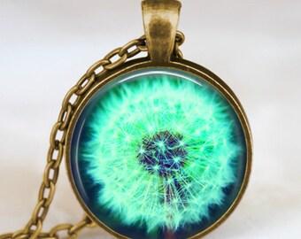 Dandelion pendant , Dandelion necklace  , Dandelion jewelry , nature lover necklace , wish necklace, good luck charm