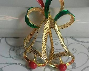 Vintage signed gerrys christmas bells brooch