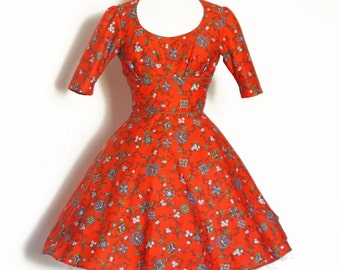 UK Size 10 / US 6-8 Red Moroccan Floral Twisting Scoop-neck Dress Flared Skirt - Made by Dig For Victory