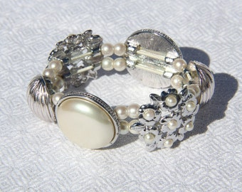 Vtg 90s Liz Claiborne Pearl Bracelet