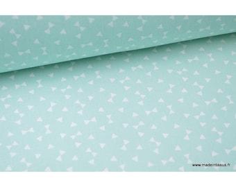 Tissu 100% coton dessin triangles Menthe  .x1m