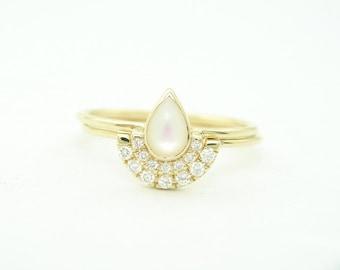 Diamond Gold Ring -Diamond Wedding Set - Pear Engagement Ring & Wedding Diamond Ring - 14k Gold Ring - Bridal Set - Diamond Wedding Band