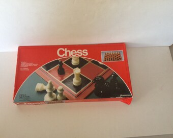 Vintage 1994 chess game