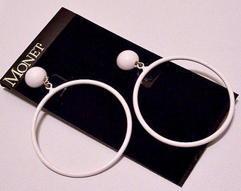 Monet White Thin Ring Hoops Clip On Earrings Gold Tone Vintage 1960s Large Round Domed Top Button Open Circle Dangles