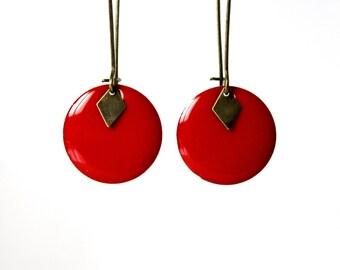 Long enamelled red Sequin earrings