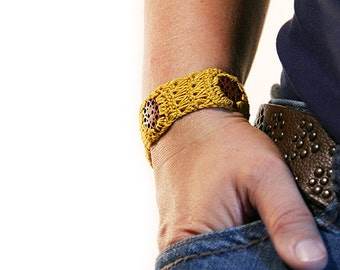 mustard seed bracelet with buttons - boho bracelet - fiber bracelet - mustard seed jewelry
