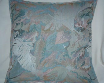 Jacquard zippered Cushion cover multicolor pastels