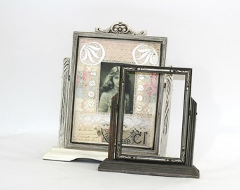 """Pair of Vintage Swing Frames White and Gray 