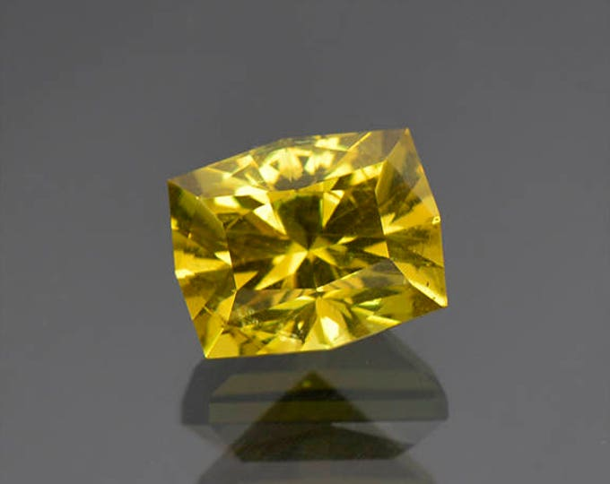 Stunning Lemon Yellow Apatite Gemstone from Tanzania 4.83 cts.