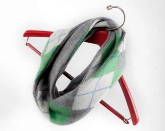 Gift Set: Scarf & Fingerless Gloves