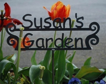 Great Gift - Mother's Day - Custom Name Garden Sign Personalized - Many Design Styles to choose from