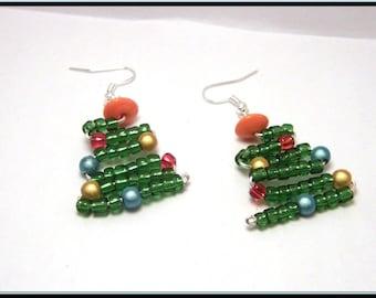 Multicolored beaded Christmas tree earrings.