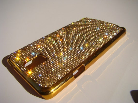 Galaxy Note 3 Gold Diamond Crystals on Gold-Bronze Electro Plated Plastic Case. Velvet/Silk Pouch Included, Genuine Rangsee Crystal Cases.