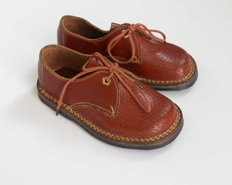 French vintage 50's / kids shoes / brown leather / made in France / new old stock / size EU 25 / US 8 / UK 7,5