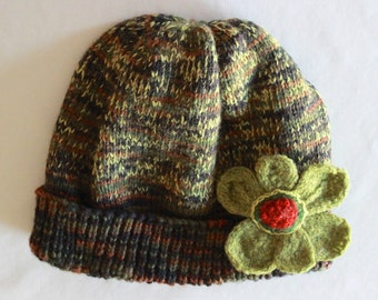 green flowered woman's hat