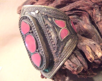Tribal silver cuff bracelet -- antique jewelry -  red stones -- heavy Patina ( FREE SHIPPING SALE)