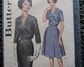 Vintage Butterick 9974  in Size 16 with Bust 36  UNCUT