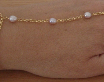 Natural Pink Pearl Slave Bracelet, Bridesmaid dainty bracelet, Belly dancing, Finger chain bracelet, wedding jewelry, Bridal jewelry