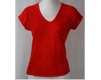 Size 8 Red Velour 70s Summer Shirt - 1970s Sportswear - Short Sleeved Top - Cute Retro Beachy Pin-Up Girl - V Neck - Bust 35 -  37007-1