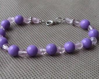 Bracelet , Beaded bracelet , Purlpe beaded bracelet , Gift under 10, Bracelet  for her , Mother's day gift , Stocking stuffer