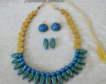 Terracotta clay necklace