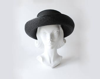 Vintage 1990s Eric Javits Black Straw Structured Sun Hat