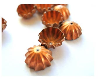 6 Vintage cap beads 8mm height, about 15mm the upper open part