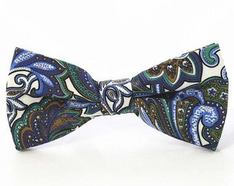 White Paisley Bow Tie | cotton bowtie | best man bow tie | paisley bowties | multicolored paisley bow ties | bow tie for groomsmen | paisley