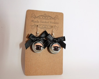 Vintage Blinky Dolls Eye Earrings