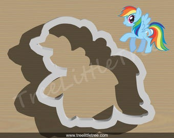 Rainbow Dash Cookie Cutter. My Little Pony cookie cutter. 3D Printed. Baking Gifts. Custom Cookies.