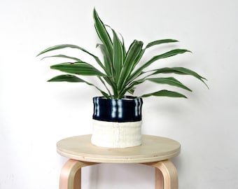Mudcloth Planter / African Mud Cloth Plant Pot Indigo Dyed Unique Planter Bogolanfini Global Textile Blue Indigo White Organic Artisan Woven