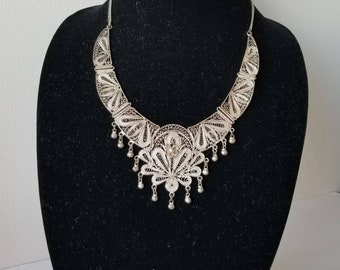 Vintage statement necklace / fast shipping