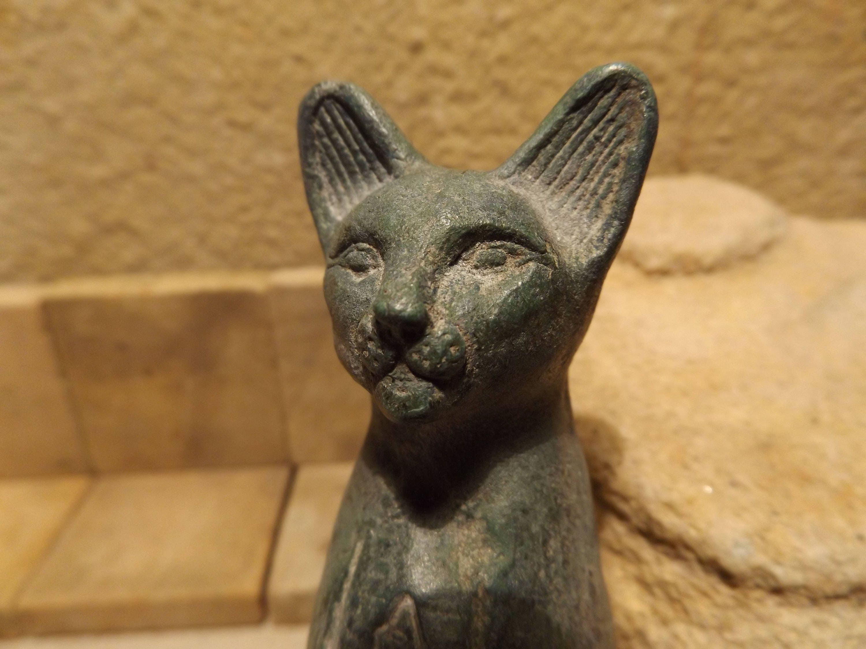 Egyptian cat statue of Bast / Bastet A Goddess of music