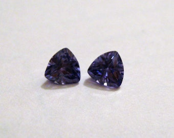 Tanzanite Cubic Zirconia Gemstone ~ Set of 2 ~ 5x5mm Trillion ~ (#141)~ WireWrap or Setting