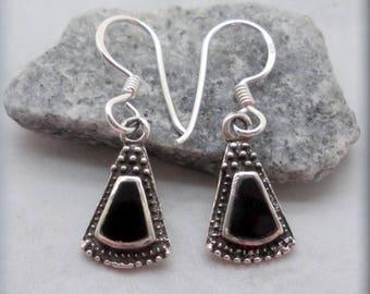 Southwestern Black Onyx Earrings, Sterling Silver, Western Earrings, Dangle Earrings, Gemstone Earrings, Natural Stone Jewelry