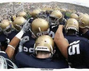 Notre Dame Fighting Irish Rare Art Football Huddle