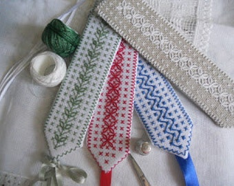 Kit to make two Bookmark embroidered in Broderie Suisse