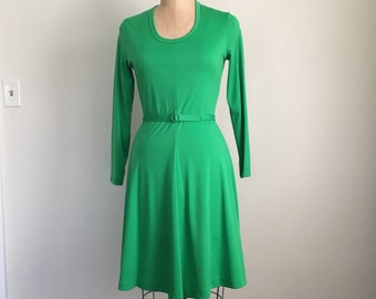 Vintage 60s 70s Polyester KELLY Green Fitted Dress
